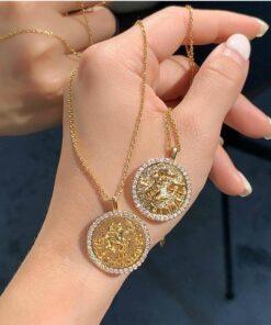 Diamond Scorpio Necklace Exemple_